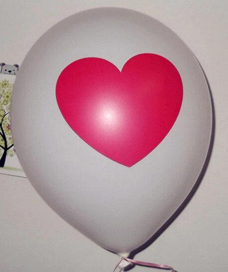 Воздушный шар с сердем 30 cм