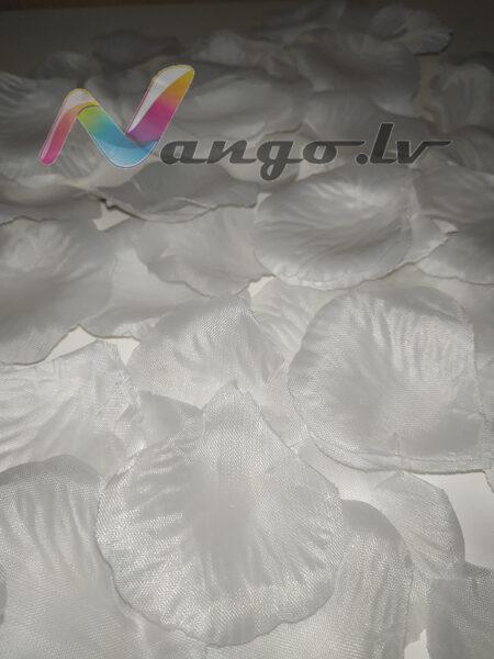 Roze petals, white, 100 pc
