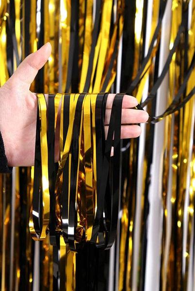 Шторка-занавес -фотозона из дождика - золотой + черный, 100 x 200 см